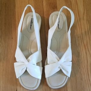 WHITE STAG SANDALS SIZE 11